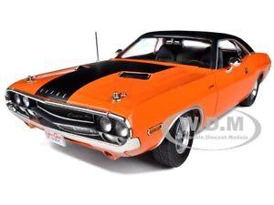【送料無料】模型車 モデルカー スポーツカー ダッジチャレンジャーオレンジムービーライト1970 dodge challenger rt orange fast amp; furious movie 118 by greenlight 12947