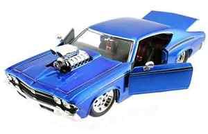 【送料無料】模型車 モデルカー スポーツカー ボックスブローエンジンjada bigtime muscle 1969 chevy chevelle blow engine 124 in box very rare