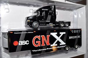 【送料無料】模型車 モデルカー スポーツカー ビュイックグランドナショナルトラックトレーラートランスポーター