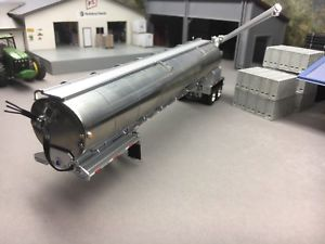 【送料無料】模型車 モデルカー スポーツカー トレーラ164 dcp walinga bulk feed trailer