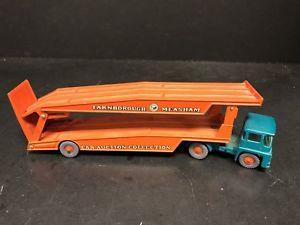 【送料無料】模型車 モデルカー スポーツカー マッチトタートレーラーneues angebotlesney matchbox guy warrior tractor amp; trailer em0641