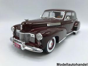 【送料無料】模型車 モデルカー スポーツカー キャデラックフリートウッドシリーズスペシャルセダンダークレッドcadillac fleetwood series 60 special sedan 1941 dunkelrot 118 mcg  lt;lt;