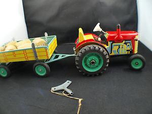 【送料無料】模型車 モデルカー スポーツカー kovap kdn tracteur avec remorque tonneaux tintoy tle moteur mcanique 34 cm