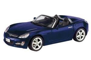 【送料無料】模型車 モデルカー スポーツカー オペルカブリオレディスクopel gt cabrio schuco blu 143