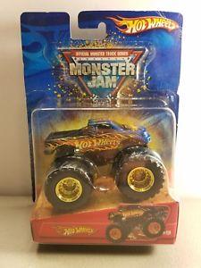 【送料無料】模型車 モデルカー スポーツカー #ホットホイールモンスタージャムゴールドリム2006 hot wheels 9 monster jam 164 gold rims