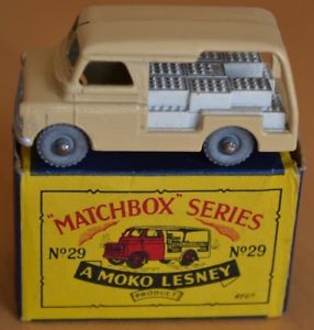 【送料無料】模型車 モデルカー スポーツカー マッチモコヴァンミントboxed matchbox moko lesney no 29a bedford milk delivery van near mint