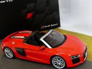 【送料無料】模型車 モデルカー スポーツカー アウディスパイダーダイナミック118 iscale audi r8 spyder v10 dynamitrot 044805