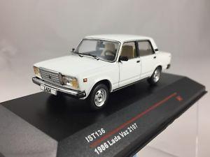 【送料無料】模型車 モデルカー スポーツカー ラダist 1986 lada vaz 2107