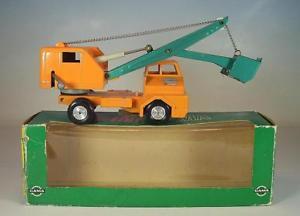 【送料無料】模型車 モデルカー スポーツカー ガマボルボトラックショベルカーオレンジ#gama minimod nr 923 faun lkw mit lffelbagger orange ovp 6417