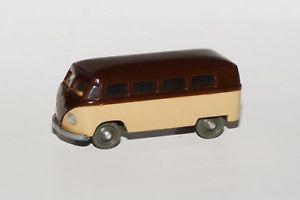 【送料無料】模型車 モデルカー スポーツカー バスsiku v 16 vw bus  modell 1950