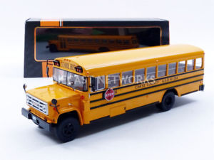 【送料無料】模型車 モデルカー スポーツカー ネットワークバスixo 143 gmc 6000 schoolbus 1990 bus004