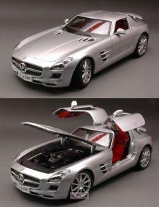 【送料無料】模型車 モデルカー スポーツカー メルセデスシルバーモデルリノmercedes sls amg 2010 silver 118 maisto mi36196 modellino
