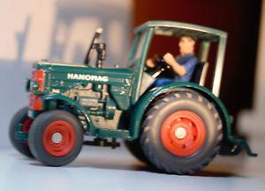 【送料無料】模型車 モデルカー スポーツカー トターシリアルスケールsiku 3460 hanomag r45 traktor farmerserie mastab 132