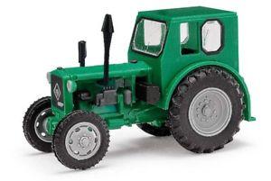 【送料無料】模型車 モデルカー スポーツカー ハロルドズボントターパイオニアharold mehlhose 210006410 traktor pionier grn exquisit