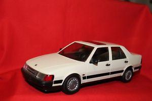 【送料無料】模型車 モデルカー スポーツカー サーブフィンランドsaab 9000 cd stahlberg emek 120 made in finland