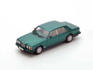 【送料無料】模型車 モデルカー スポーツカー スパークベントレーターボspark bentley turbo s 1995 143 s3803