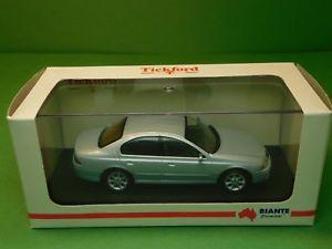 【送料無料】模型車 モデルカー スポーツカー フォードファルコンフォードビアンテティックモデル