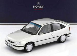 【送料無料】模型車 モデルカー スポーツカー オペルシルバーnorev 118 183613 opel kadett gsi 1987 silver neu
