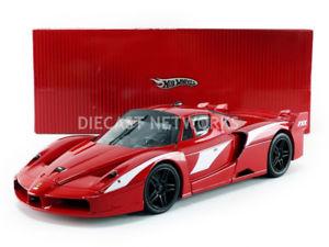 【送料無料】模型車 モデルカー スポーツカー フェラーリhotwheels mattel 118 ferrari fxx evoluzione t6245