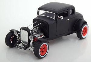 【送料無料】模型車 モデルカー スポーツカー フォードマットカスタムホットロッド