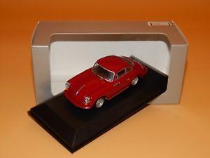【送料無料】模型車 モデルカー スポーツカー ポルシェカレラレッドパッケージスケール