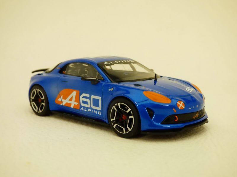 【送料無料】模型車 モデルカー スポーツカー ルマンalpine celebration le mans 143