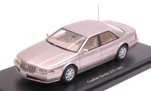 【送料無料】模型車 モデルカー スポーツカー キャデラックセビリアメタリックベージュモデルモデルcadillac seville sts metallic beige 143 model bos model