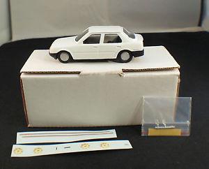 【送料無料】模型車 モデルカー スポーツカー プジョーコーラスボックスmvi refm036 peugeot 309 5 portes chorus  143 en bote boxed