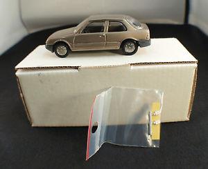【送料無料】模型車 モデルカー スポーツカー プジョーボックスmvi m034 peugeot 309 3 portes xe xr 143 en bote boxed rare