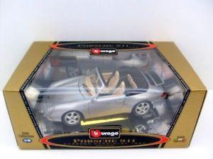 【送料無料】模型車 モデルカー スポーツカー ポルシェカレラカブリオレburago 118 3340 porsche 911 carrera cabriolet 1994 slv