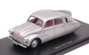 【送料無料】模型車 モデルカー スポーツカー タトラシルバーモデルモデルtatra t97 silver 143 model bos model