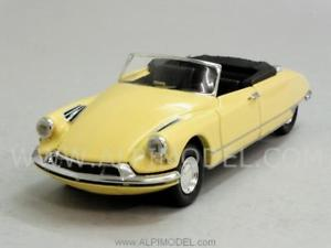 【送料無料】模型車 モデルカー スポーツカー シトロエンリオcitroen ds 19 cabrio usine 1961 143 rio 4411