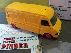 【送料無料】模型車 モデルカー スポーツカー ヨーロッパシトロエンデカールボックスオン143 cwd europe citroen c35 kasten mit pinder decals