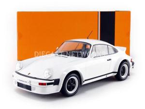 【送料無料】模型車 モデルカー スポーツカー ネットワークポルシェixo 118 porsche 911 sc 1982 18cmc007