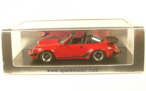 【送料無料】模型車 モデルカー スポーツカー ポルシェターボタルporsche 911 turbo 33 targa red 1989