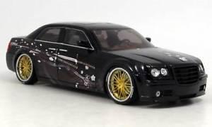 【送料無料】模型車 モデルカー スポーツカー チューニング118 tuning crysler hemi cc in ovp