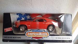 【送料無料】模型車 モデルカー スポーツカー フォードマスタングボスford mustang boss 1970 ertl 118
