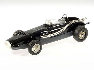 【送料無料】模型車 モデルカー スポーツカー マイクロレーサーワトソンブラック#schuco microracer watson schwarz 172