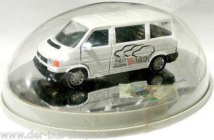 【送料無料】模型車 モデルカー スポーツカー バスモデルシルバーホイールvw bus t4 schabak modell 143 silver wheels 20 jahre votex limitiert neu