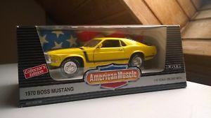 【送料無料】模型車 モデルカー スポーツカー フォードボスムスタングアメリカモデルカーford boss mustang 1970 american muscle modellauto 118 ertl in ovp
