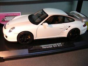 【送料無料】模型車 モデルカー スポーツカー ポルシェグアテマラホワイト118 norev porsche 911 gt2 2007 weiss 187572