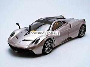 【送料無料】模型車 モデルカー スポーツカー アルジェントシルバーモトpagani huayra argento silver 118 motormax 79160 79160gy limited edition
