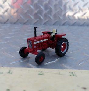 【送料無料】模型車 モデルカー スポーツカー カスタムファームワイドトター164 ertl custom made farm toy 656 international ih wf wide front tractor cih