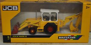 【送料無料】模型車 モデルカー スポーツカー ショベルトタースケールbritains jcb 3c excavator digger tractor 132 scale , mib,
