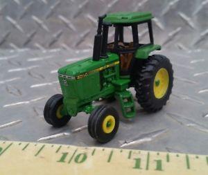 【送料無料】模型車 モデルカー スポーツカー ファームカスタムジョンディアワイドフロントトター164 ertl farm toy custom john deere 4050 wide front tractor nice free ship