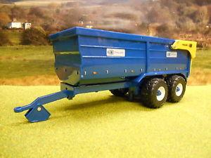 【送料無料】模型車 モデルカー スポーツカー ケーントントレーラーアンプbritains kane 16 tonne grain trailer 42701 132 *boxed amp; *