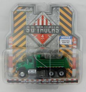 【送料無料】模型車 モデルカー スポーツカー トラックグリーンマシンダンプトラックダンプトラック
