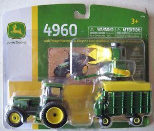 【送料無料】模型車 モデルカー スポーツカー ジョンディアトターチョッパーワゴン164 ertl john deere 4960 tractor with chopper amp; wagon