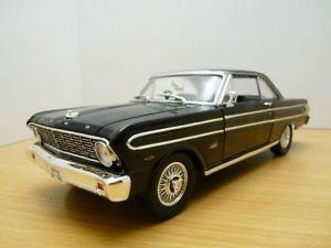 【送料無料】模型車 モデルカー スポーツカー フォードファルコンノワールford falcon noir 118 1964