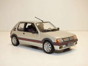 【送料無料】模型車 モデルカー スポーツカー プジョーpeugeot 205 gti 19 gris futura 143